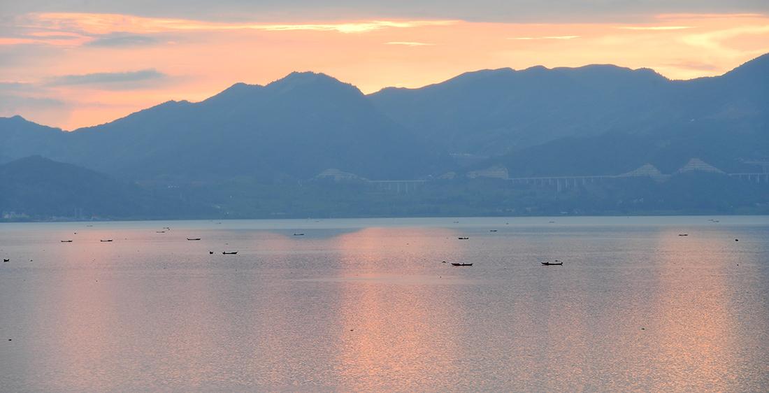 抚仙湖开湖捕鱼